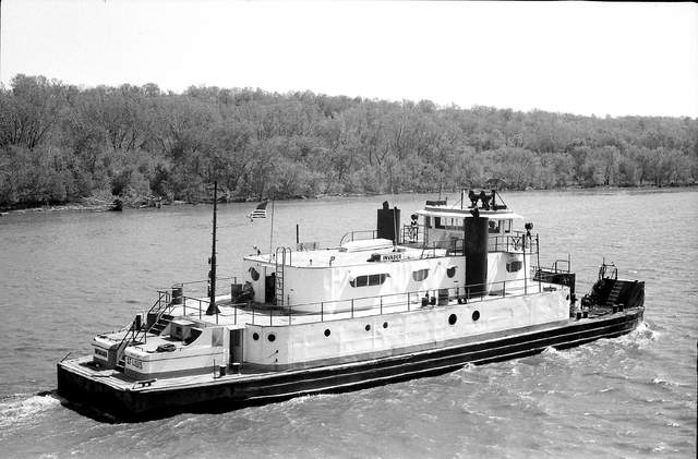 Van H Powell Towboats Pushboats Barges Mississippi Ohio River Towboat Barge